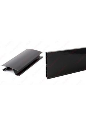 Plinthe noir brillant 3 m